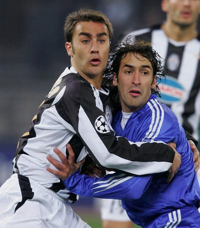 Fabio Cannavaro marcando a Raúl