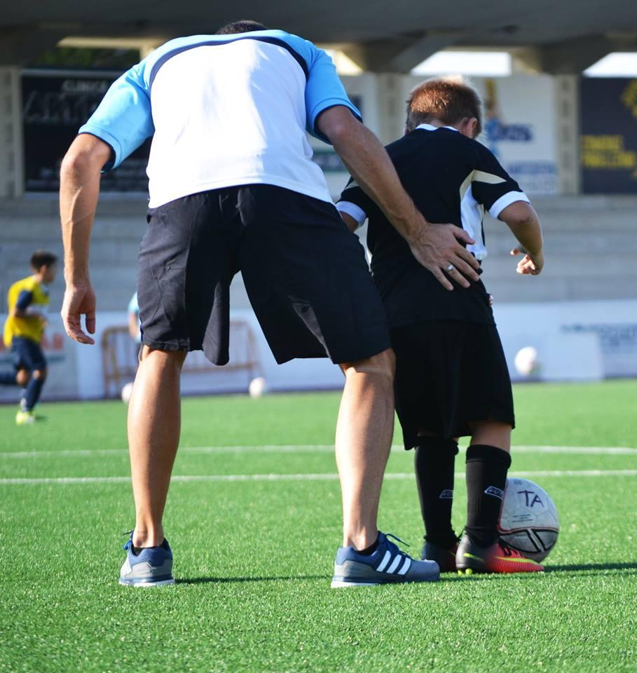 Entrenador Fútbol Base. Escuela de Fútbol.